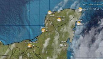 Protección Civil en Quintana Roo y Yucatán mantienen vigilancia ante intensas lluvias