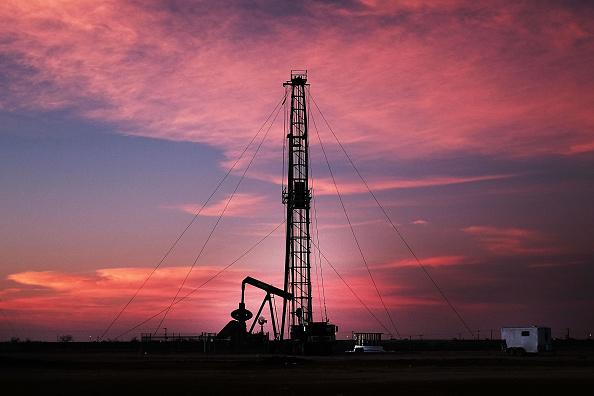 Precio del petróleo de EE.UU. sube por mayor demanda
