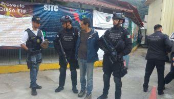 Guatemala entrega a México a 'El Mata Novias'