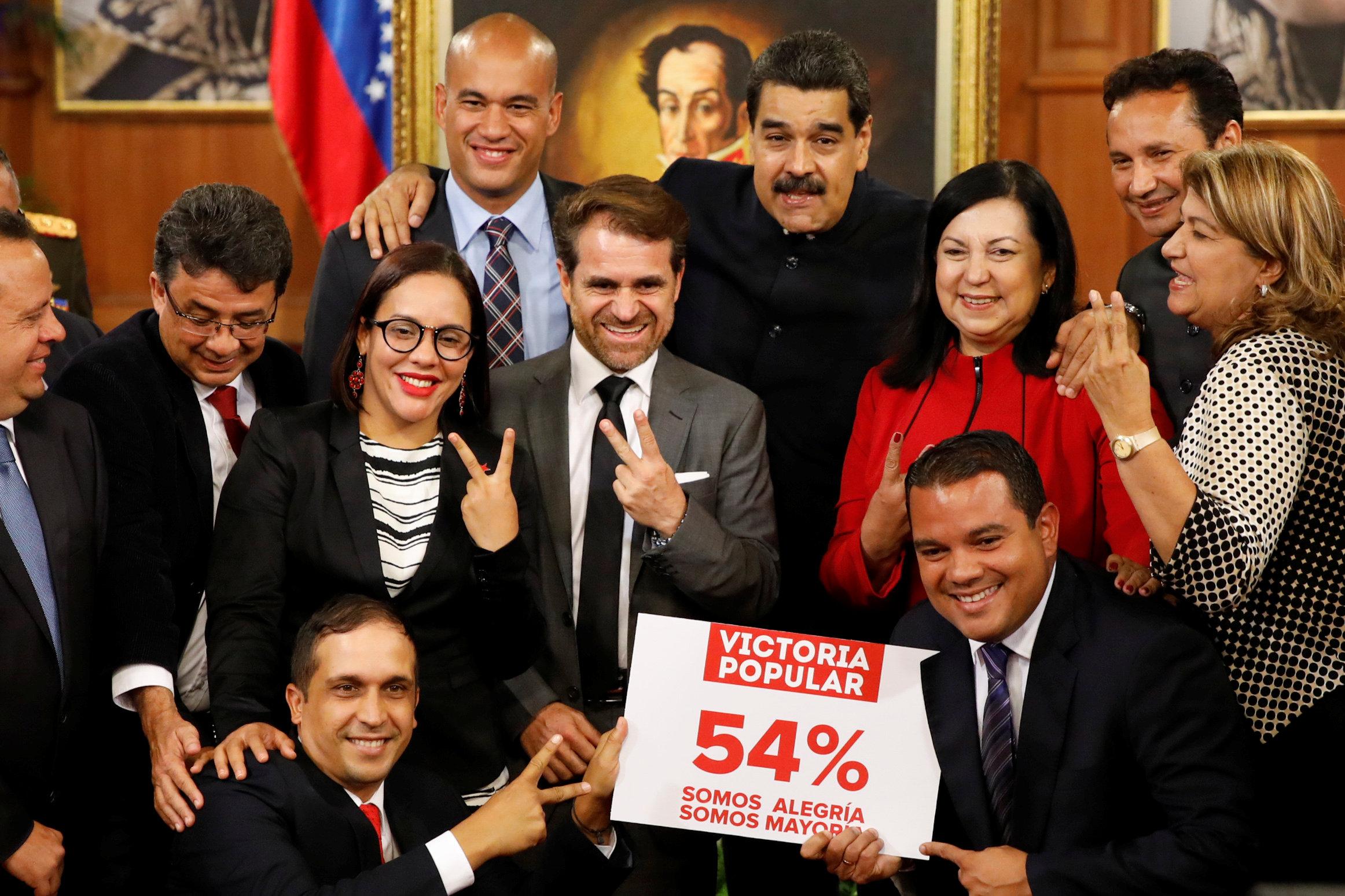 Presidente Maduro participa en juramentación del gobernador de Carabobo, Rafael Lacava