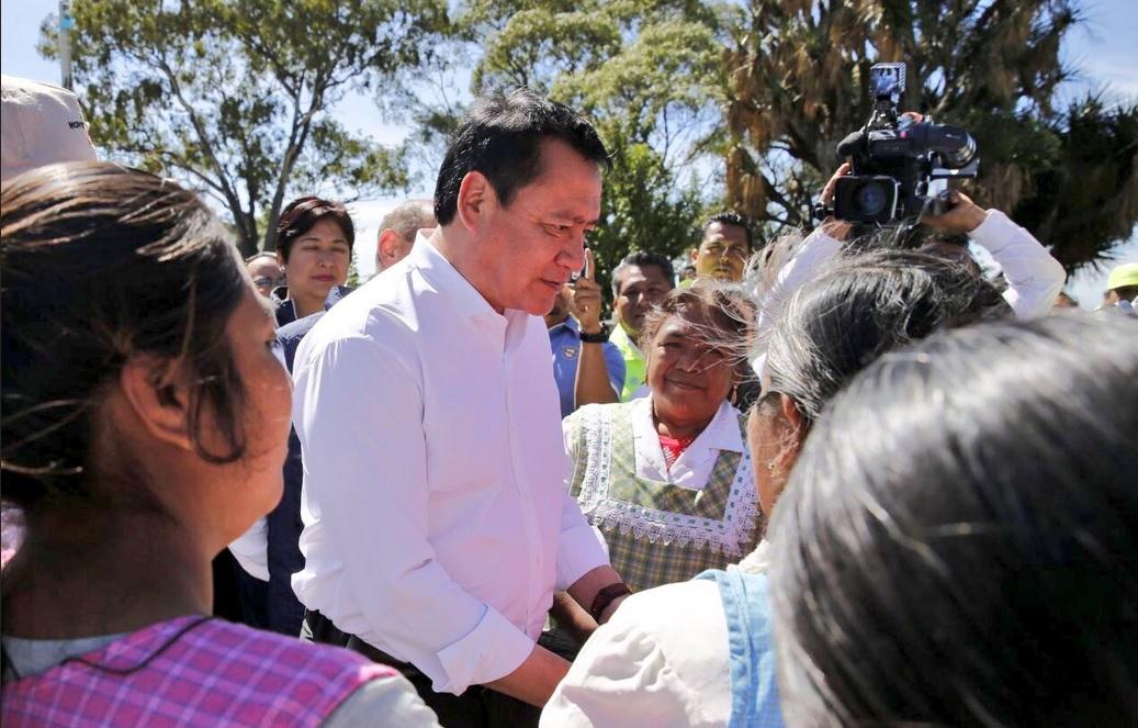 Osorio Chong y Gali evalúan afectaciones en Tianguismanalco