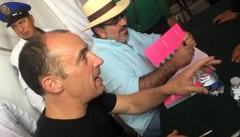 """Julio Patán y Alejandro Rosas presentan """"México bizarro"""" en FIL del Zócalo"""