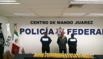 policias federales detienen a un agente de chihuahua
