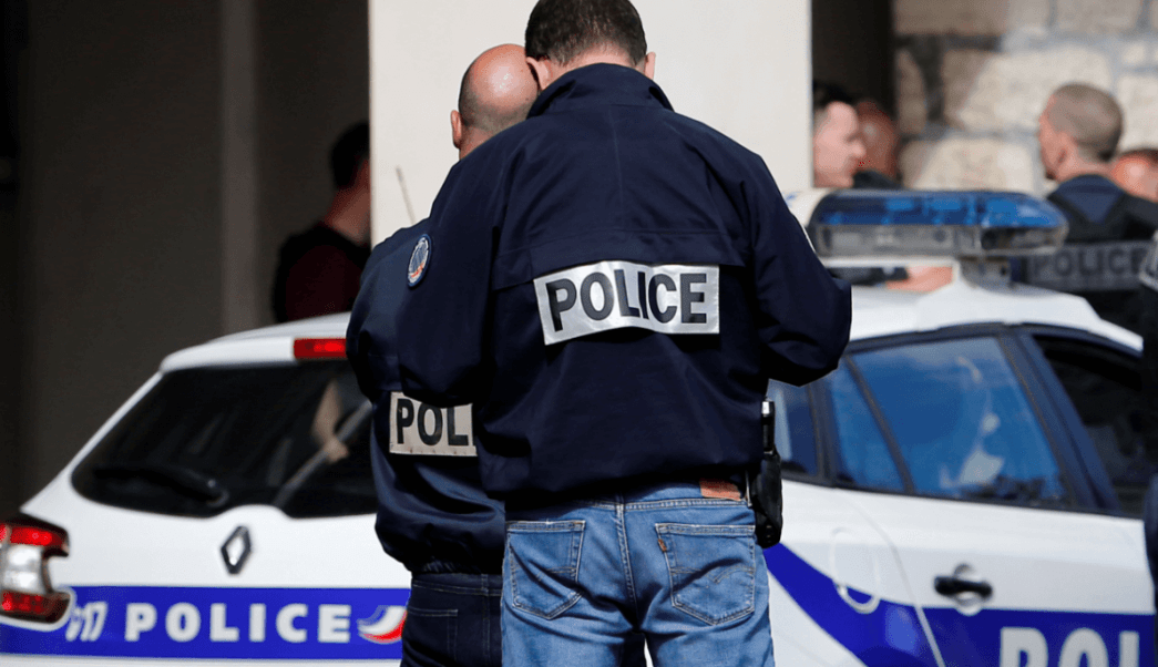 Policías franceses en París, Francia