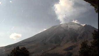 el volcan popocateptl realiza varias exhalaciones en 24 horas