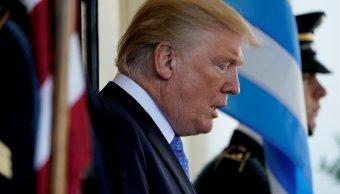 Trump apoya plan Senado estabilizar Obamacare