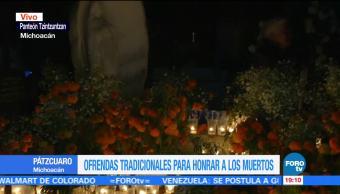 Tradición del Día de Muertos vive en el panteón Tzintzuntzan de Michoacán