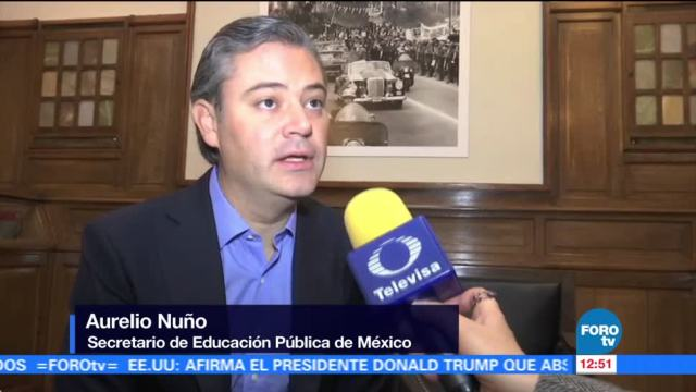 Aurelio Nuño refrenda compromiso con la Unesco en Francia
