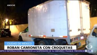 Recuperan camioneta de carga robada en Tultitlán, Estado de México