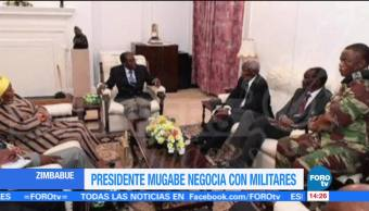 Mugabe se reúne con mandos militares en Zimbabue