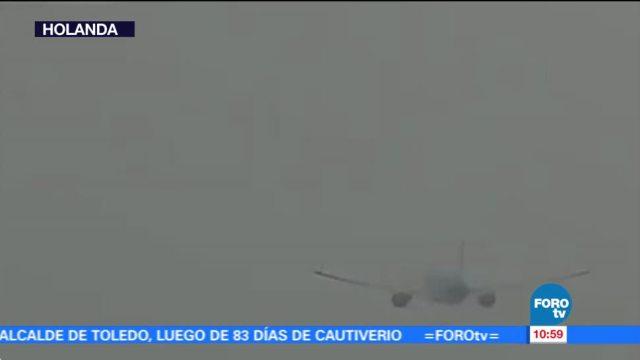 Avión sufre impacto de un rayo en pleno vuelo en Holanda