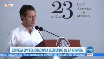 EPN felicita a elementos de la Marina