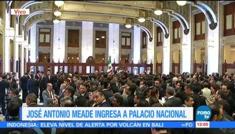 Meade regresa a Palacio Nacional después de renunciar a Hacienda