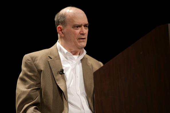 Jefe de CIA se reunió con defensor de teoría conspirativa en trama rusa