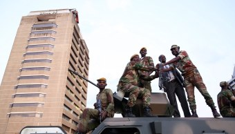 hrw pide zimbabue revele paradero detenidos