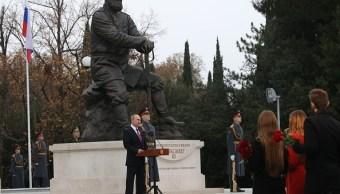 Putin inaugura en Crimea un monumento al zar Alejandro III