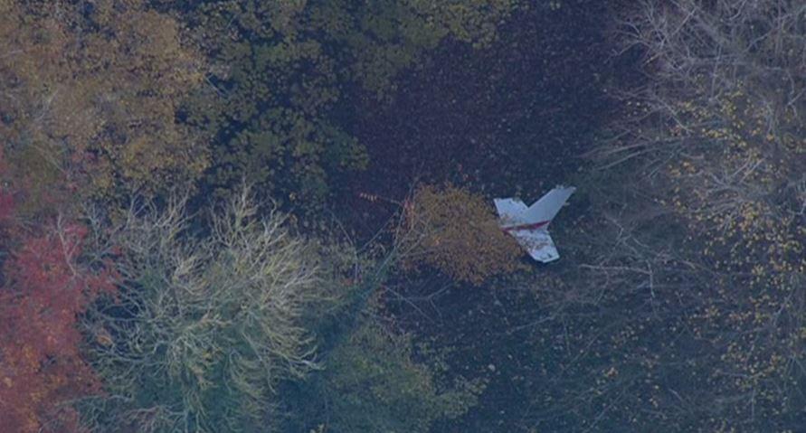 Aparatoso choque entre un avión y un helicóptero en Reino Unido
