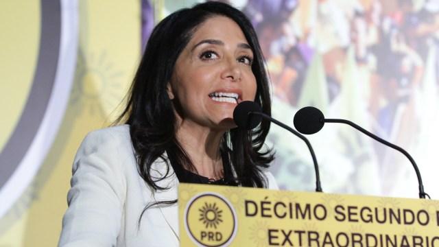 Alejandra Barrales, lista para dejar la dirigencia del PRD