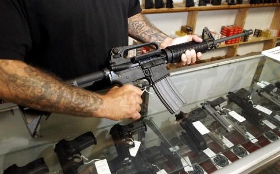 Corte Suprema de EU mantiene prohibición de armas de asalto en Maryland