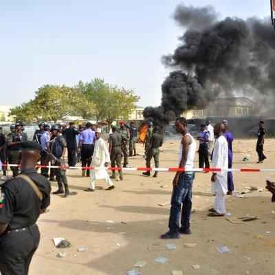 Atentado suicida en Nigeria deja al menos 50 muertos