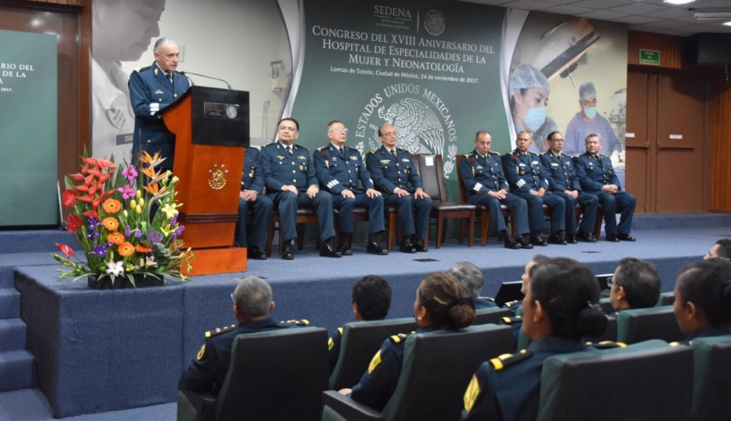 cienfuegos asiste congreso aniversario hospital militar mujer