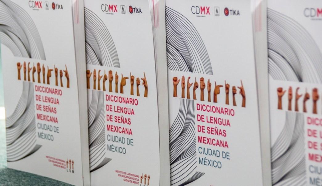 presentan primer diccionario senas mexicana cdmx