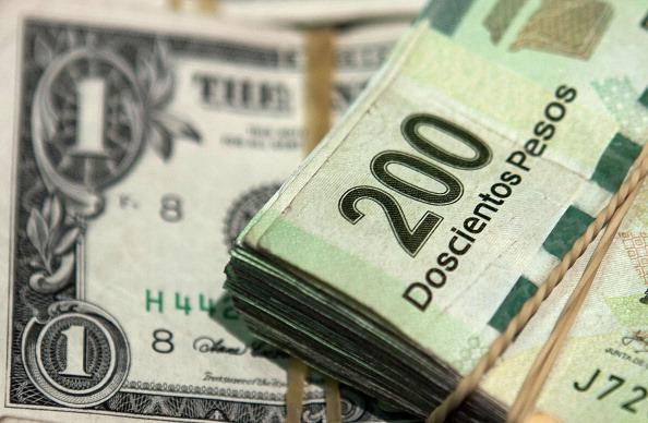 El dólar se vende en 19.46 pesos