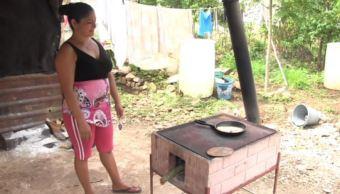 Yucatán promueve estufas ecológicas para evitar muertes en casas de indígenas