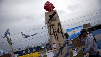 Armada Argentina confirma explosión zona submarino desaparecido