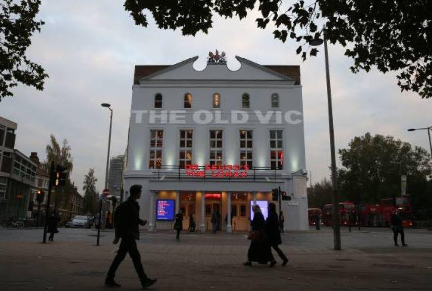 Teatro de Londres recibió 20 testimonios de