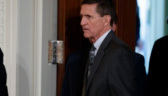 Flynn deja de pasar información sobre nexos rusos