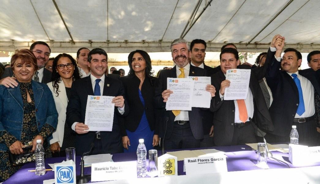 PAN, PRD y MC registran 'Acuerdo por la Ciudad de México'