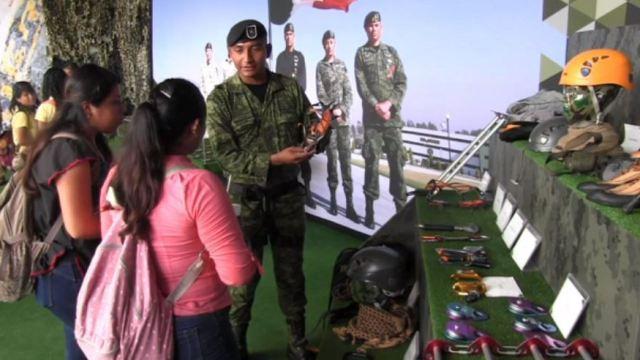 Llega a Playa del Carmen la exposición de las Fuerzas Armadas