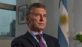 Helicóptero que trasportaba presidente Argentina aterriza emergencia
