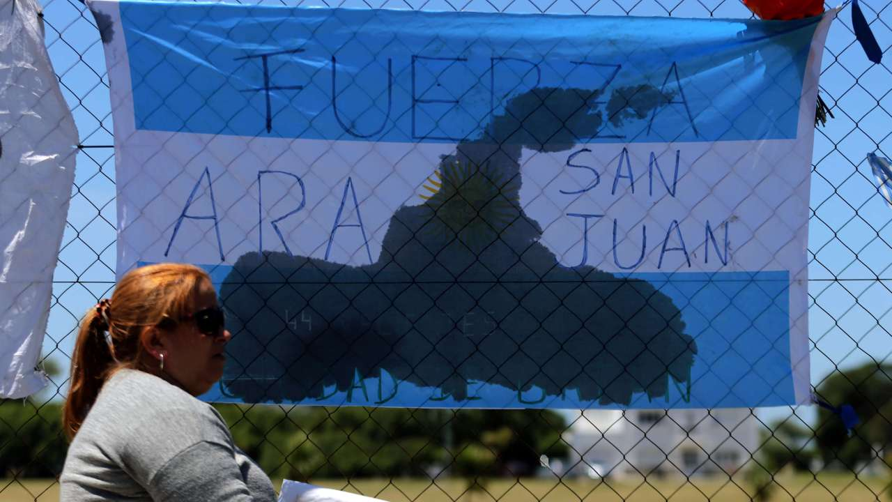 Submarino argentino sufrió incendio provocado cortocircuito