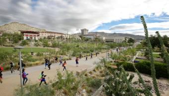 Becan a estudiantes mexicanos en universidad en El Paso, Texas