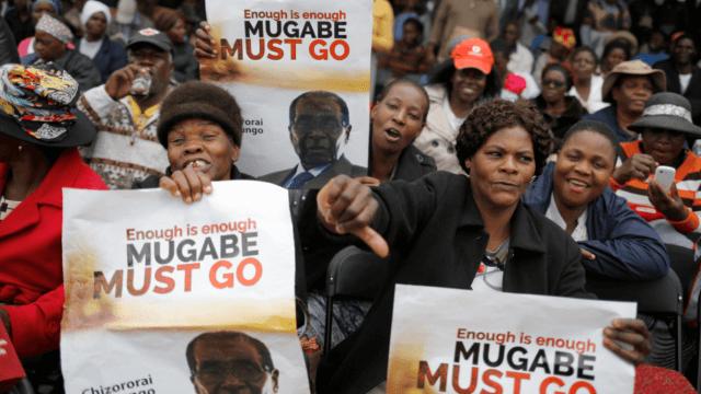 La imagen de Mugabe se transformó, de héroe pasó a ser repudiado por su pueblo