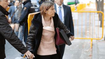 La presidenta del Parlamento catalán, Carmen Forcadell, a su llegada al Tribunal Supremo