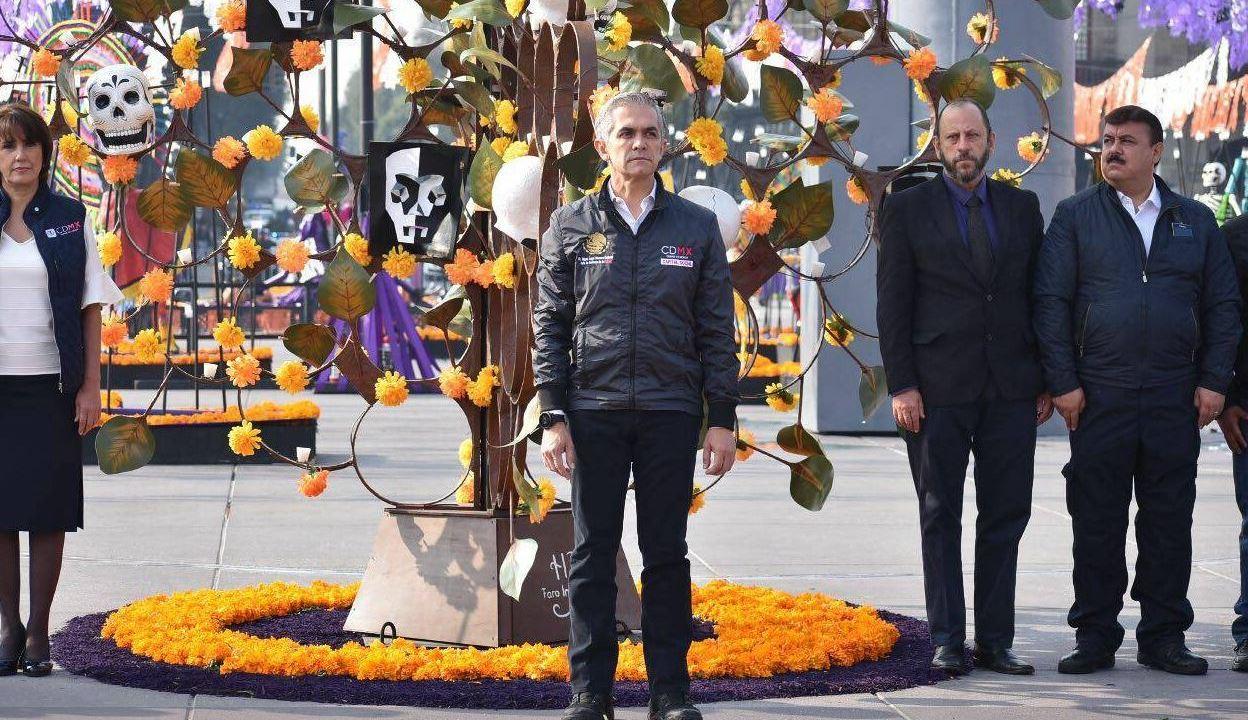 mancera rinde homenaje a victimas del sismo