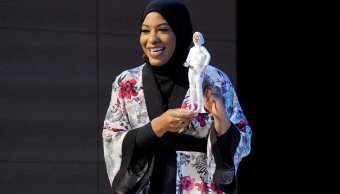 Barbie se pone hiyab honor atleta olímpica Ibtihaj Muhammad