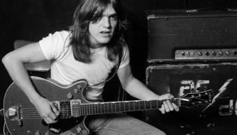 Muere Malcolm Young, guitarrista y cofundador de AC/DC
