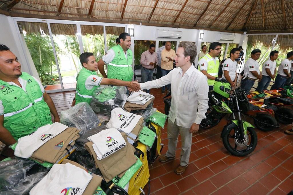 PC de Chiapas recibe equipo para apoyar en la reconstrucción tras sismo del 7S