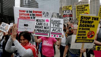 Protestas en Chicago contra intenciones de Trump de desmantelar el Obamacare