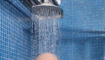 alunos del cecyt 9 crean regadera para ahorrar agua