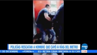 Rescatan Hombre Invidente Caer Vías Metro