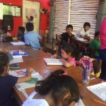 Restaurante bar se convierte en escuela por las mañanas en Juchitán