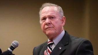 Roy Moore amenaza demandar a Washington Post por acusarlo abusar niña