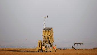 Israel despliega sistema antimisiles Cúpula Hierro