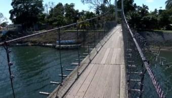 Suspenden paso a peatones en puente La Antigua