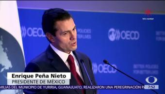 Peña Nieto dice volvido en la OCDE y se hace viral